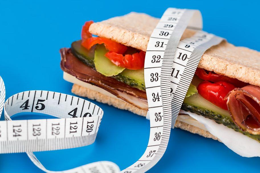 Kalorienreduzierte Diäten bei Mann und Frau